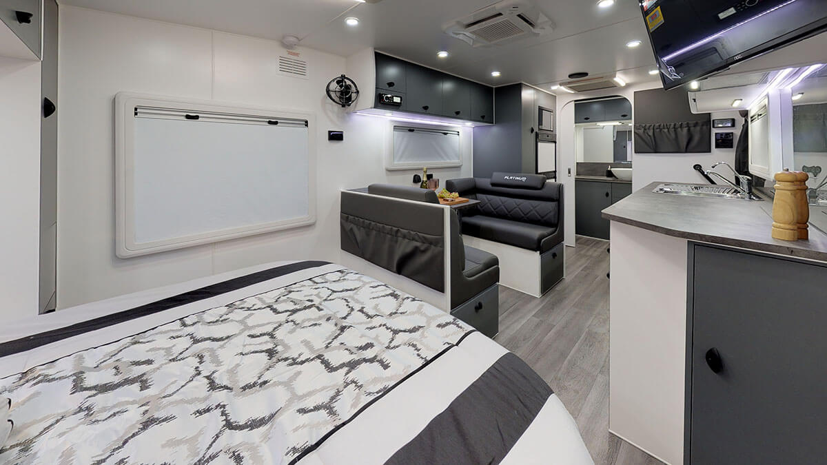 21ft-Platinum-RV-Signature-Offroad-By-Condor-Caravans- (15)