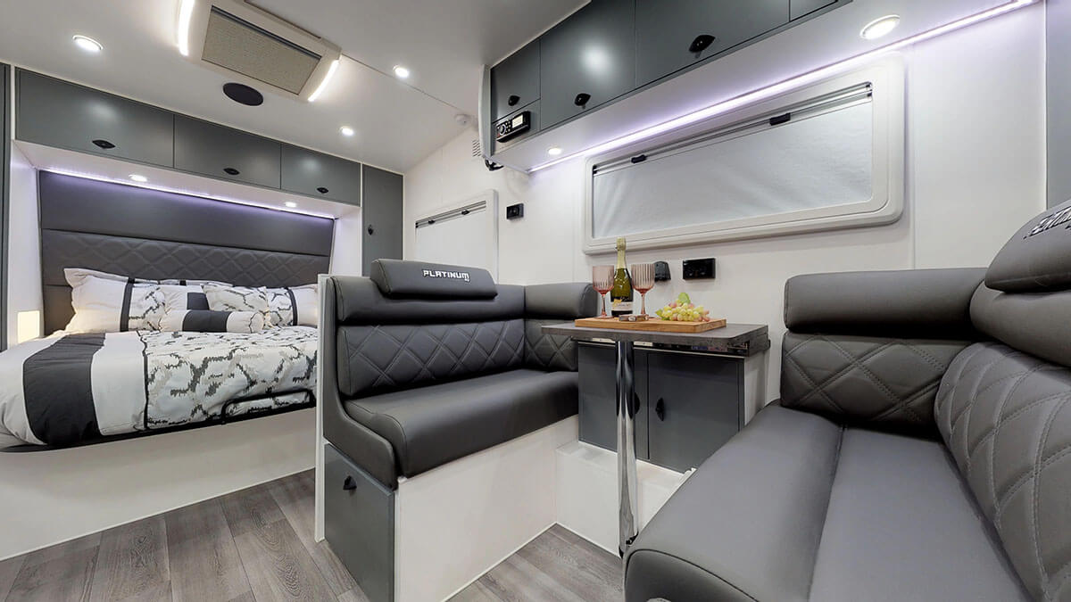 21ft-Platinum-RV-Signature-Offroad-By-Condor-Caravans- (21)