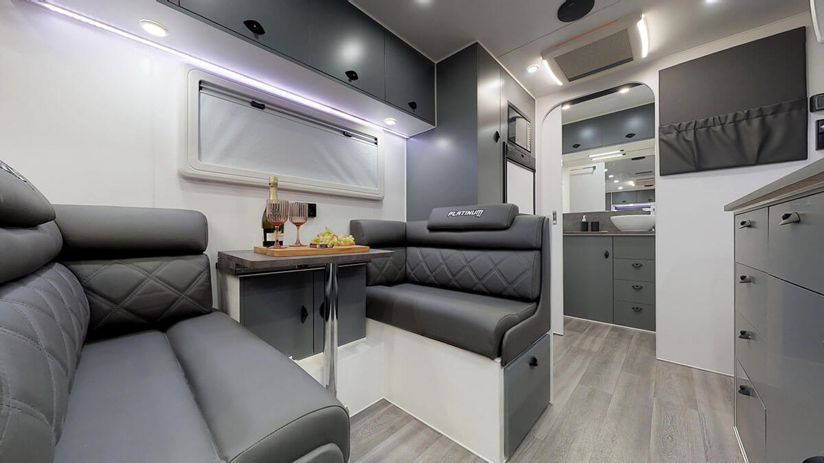 21ft-Platinum-RV-Signature-Offroad-By-Condor-Caravans- (22)