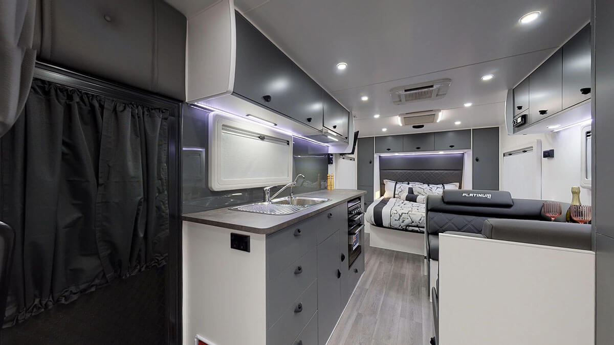 21ft-Platinum-RV-Signature-Offroad-By-Condor-Caravans- (25)