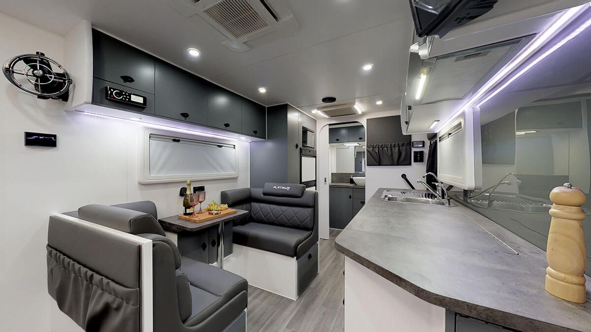 21ft-Platinum-RV-Signature-Offroad-By-Condor-Caravans- (5)