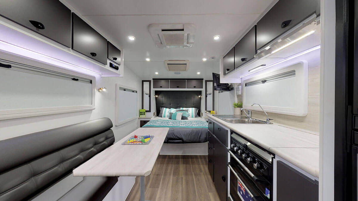 21ft-Ultimate-Family-Design-2019-Condor-Caravans- (1)