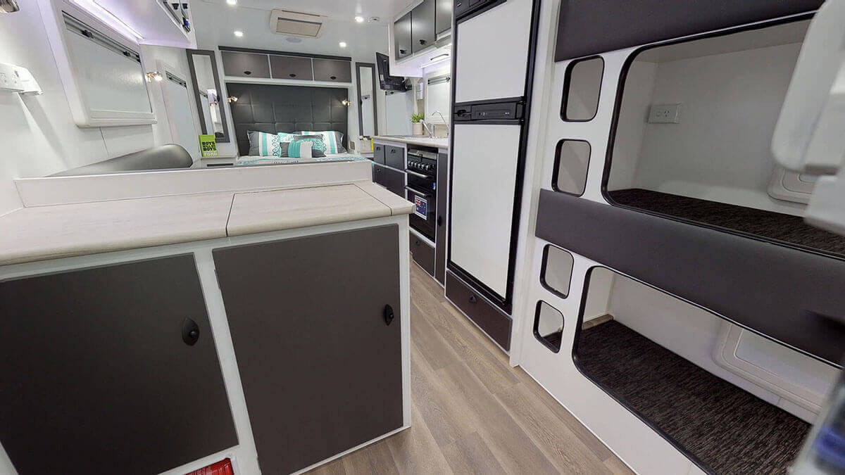 21ft-Ultimate-Family-Design-2019-Condor-Caravans- (15A)