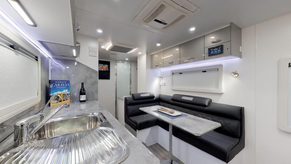 21ft-ultimate-family-design-rear-door-internal-photo-10