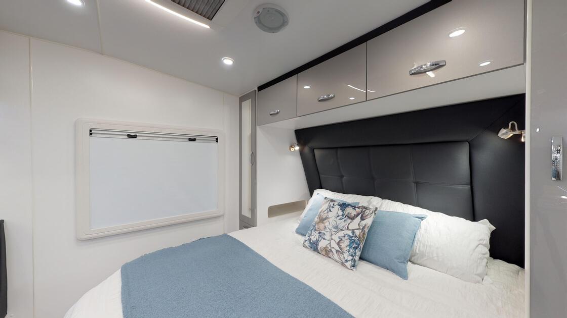 21ft-ultimate-family-design-rear-door-internal-photo-11