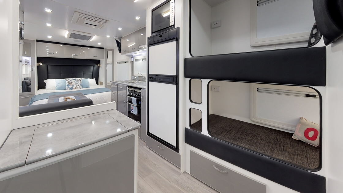 21ft-ultimate-family-design-rear-door-internal-photo-15