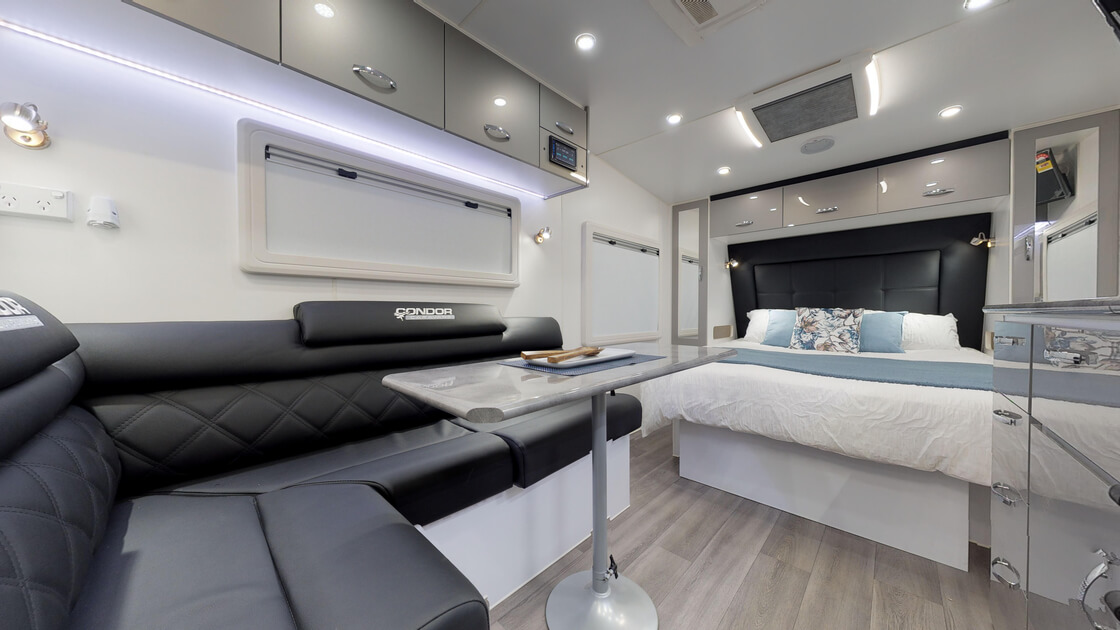 21ft-ultimate-family-design-rear-door-internal-photo-18
