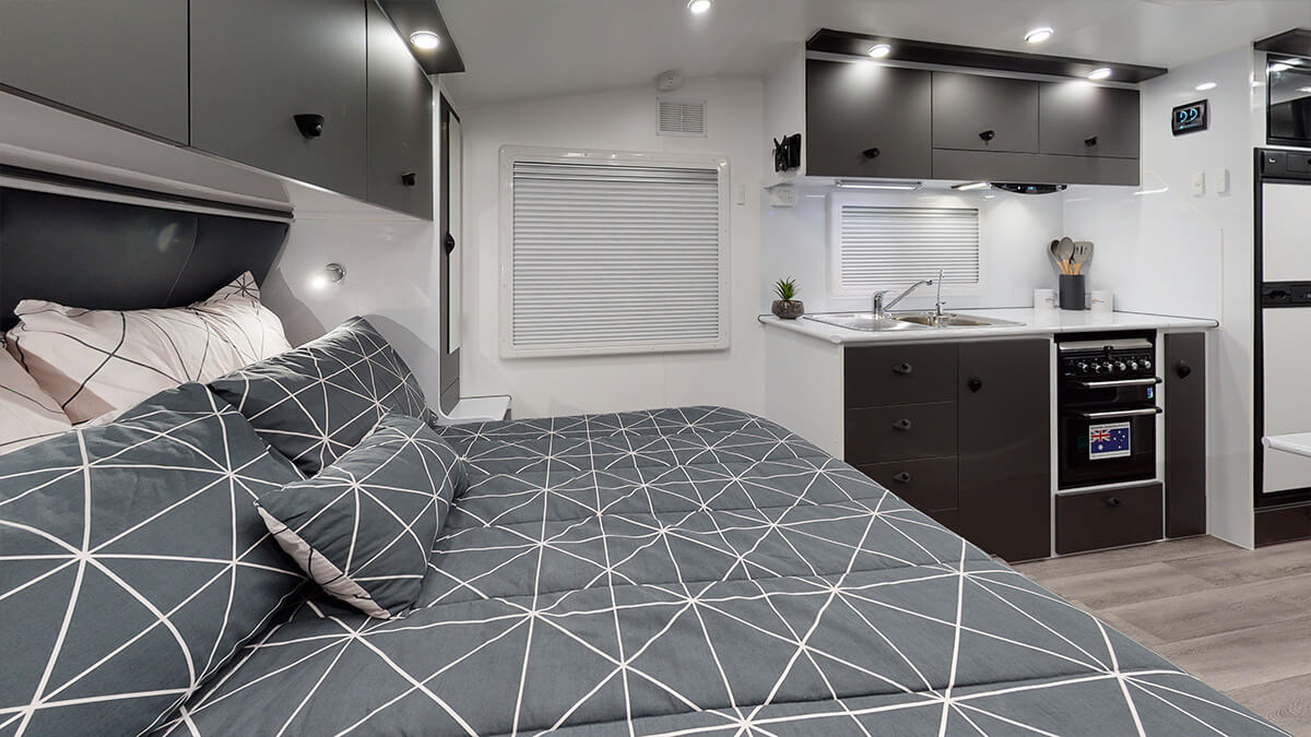 21'5ft Bunkhouse 3.0 internal photo 16