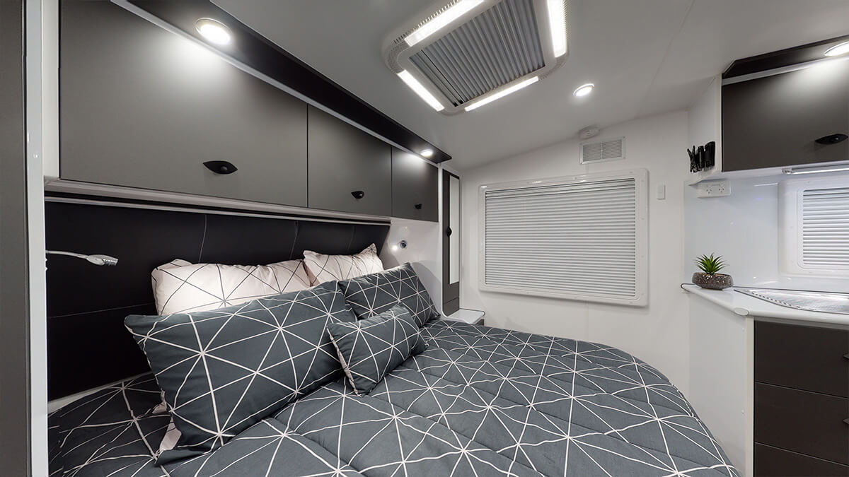 21'5ft Bunkhouse 3.0 internal photo 2