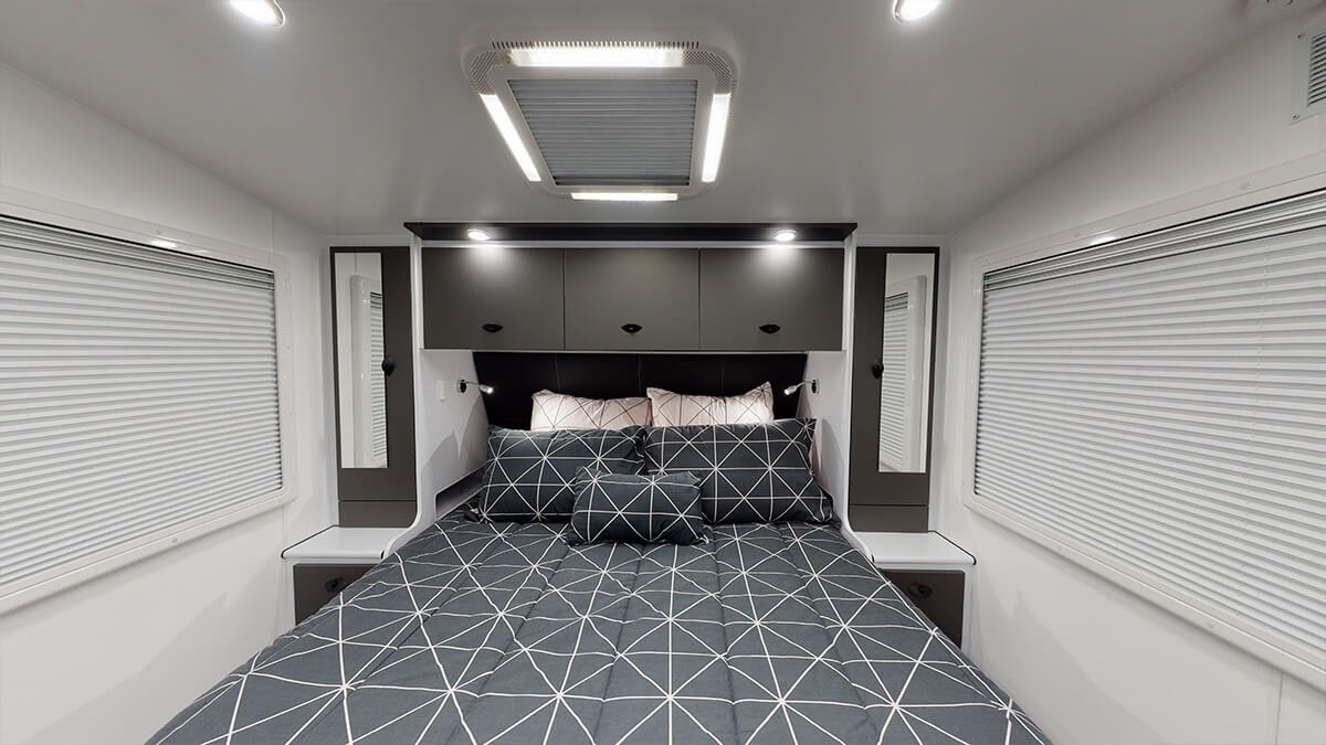 21'5ft Bunkhouse 3.0 internal photo 28