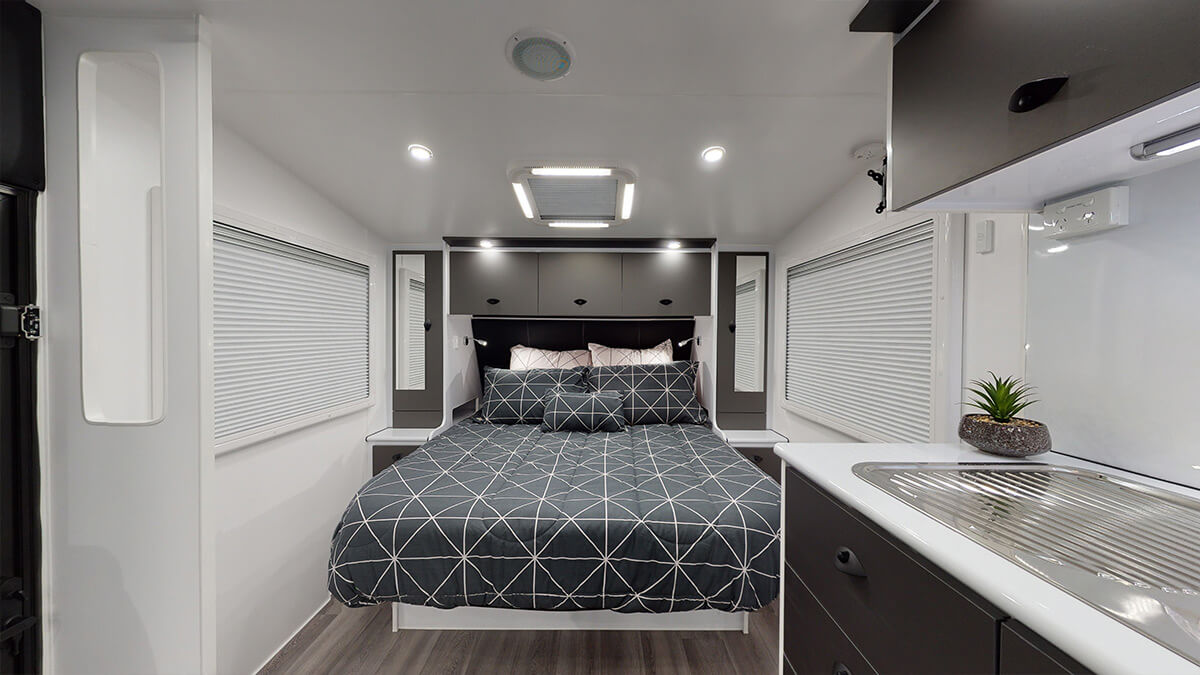21'5ft Bunkhouse 3.0 internal photo 29