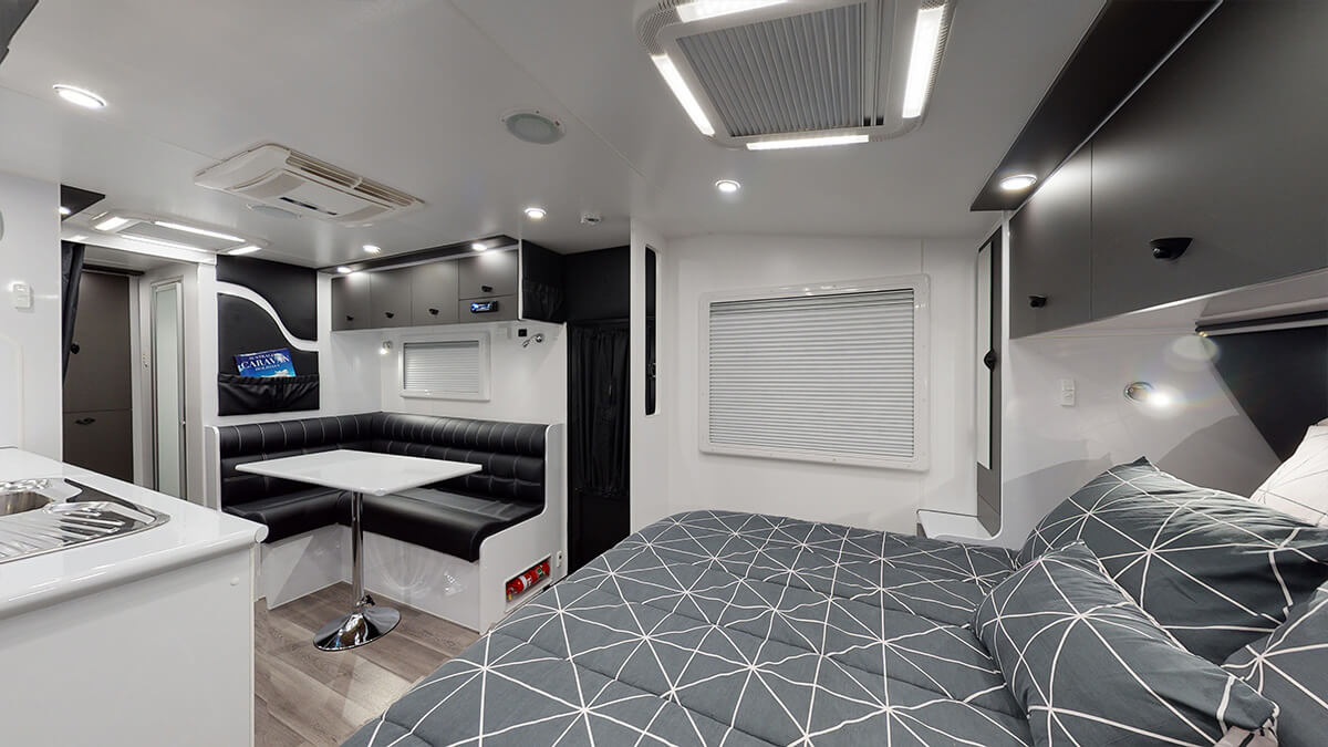 21'5ft Bunkhouse 3.0 internal photo 6