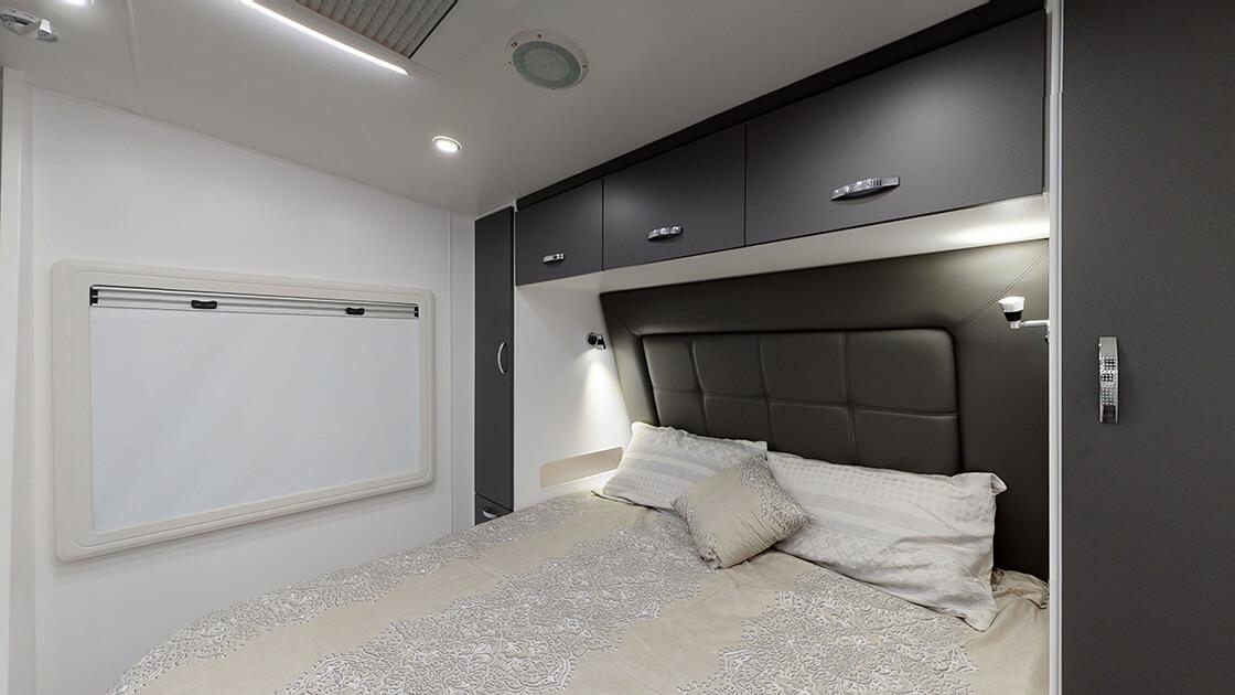 21ft-ultimate-family-design-2021-interior-photo-15