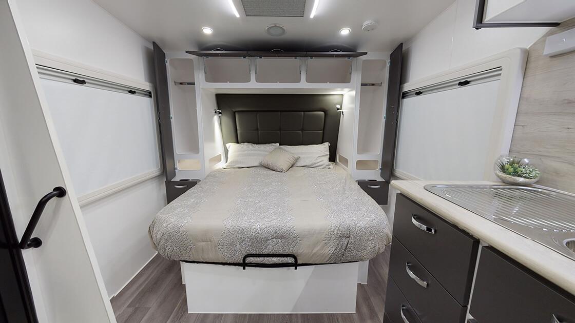 23ft-ultimate-family-design-2021-interior-photo-10