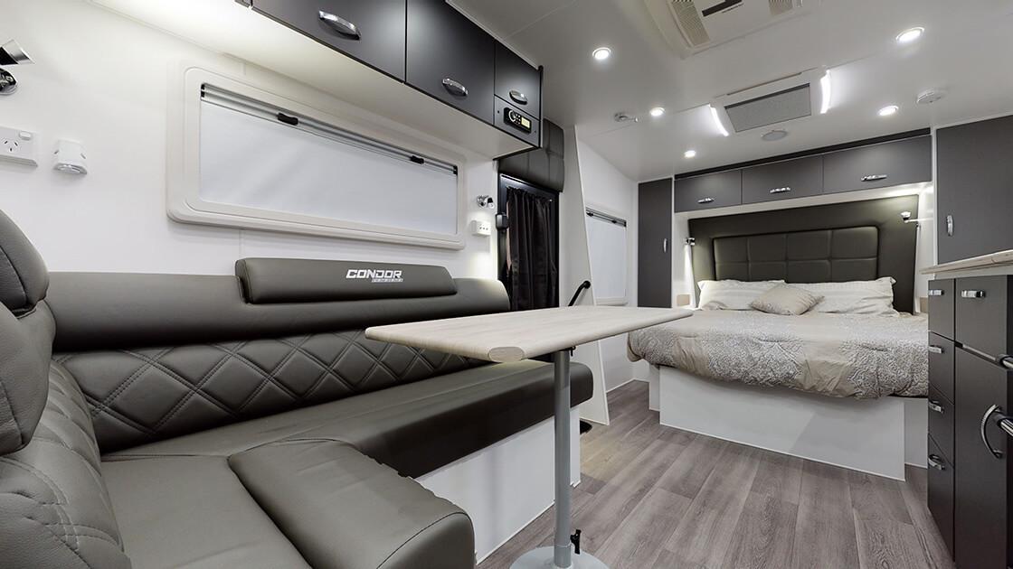 23ft-ultimate-family-design-2021-interior-photo-16