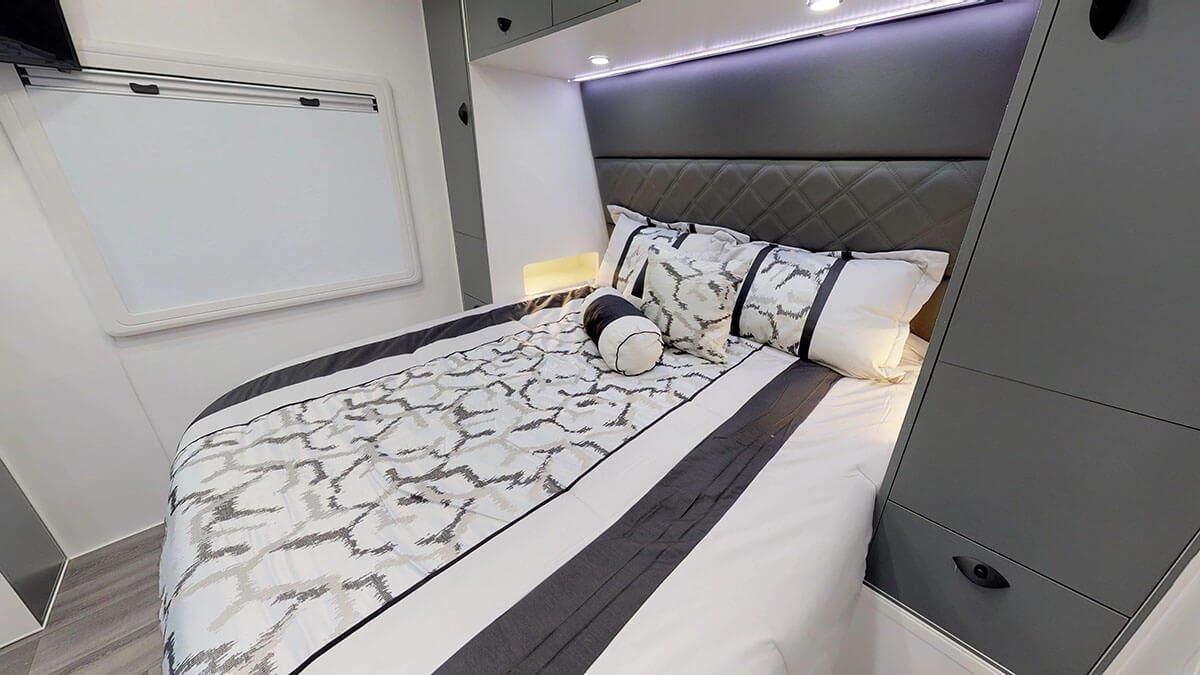 21ft-Platinum-RV-Signature-Offroad-By-Condor-Caravans- (11)