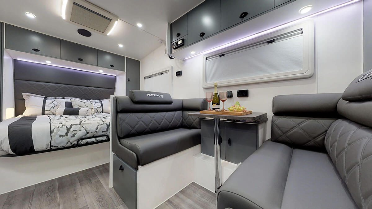 21ft-Platinum-RV-Signature-Offroad-By-Condor-Caravans- (21)