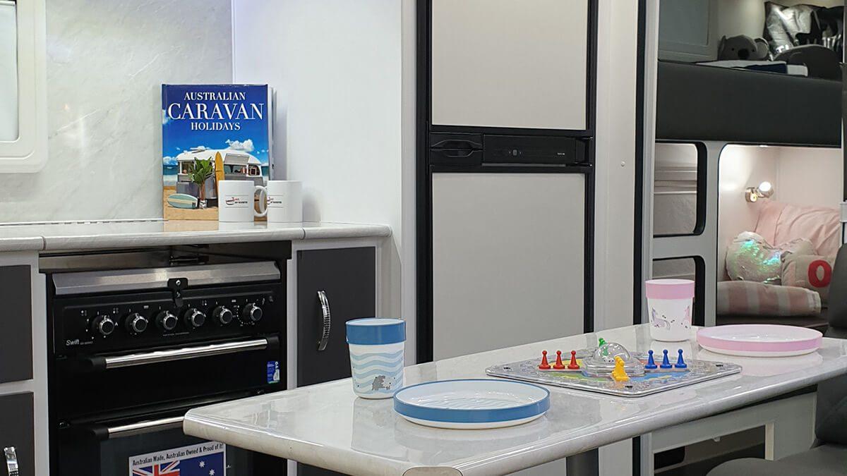 GDG2008 21ft ultimate family design internal photo 14